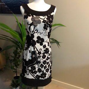 Dress barn size 8 black & white pattern